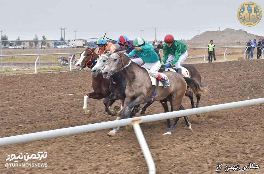 هفته هشتم مسابقات اسبدوانی کورس پاییزه آق قلا
