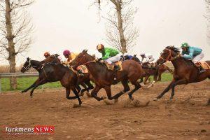 shakhesturkmensnews 11e 300x200 - هفته سی و دوم مسابقات اسبدوانی کورس زمستان ۹۶ گنبدکاووس برگزار شد+عکس